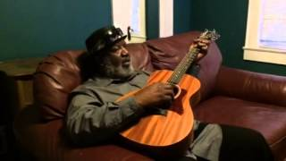 Taylor GS Mini Review, blues guitar  by Big Ron Hunter, The Worlds Happiest Bluesman!