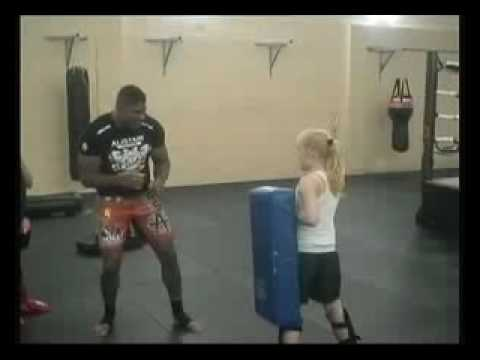 Overeem Low Kick to young girl Video