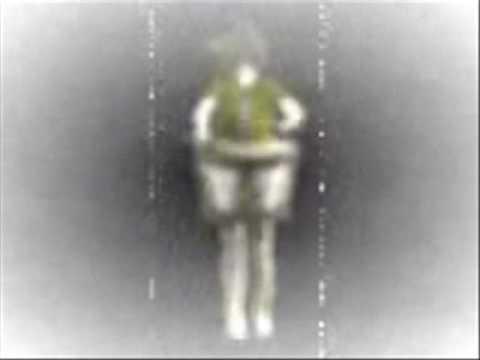 BARBELIVIEN -la petite fille au tambour (Vendee 93)