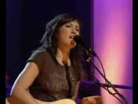 KT Tunstall &quot;Black Horse &amp; The Cherry Tree&quot; on Jools