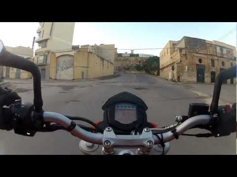 KTM 200 Duke - Going to work