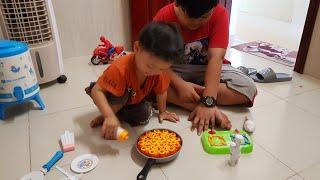 Baby toys cooking| Đồ chơi Bé tập làm bếp, nấu bánh Pizza طبخ الطفل