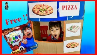 Pretend Play with Pizza Cooking Restaurant with Lorenzo | Ryan's World Toys Ep27