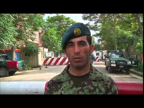 Afghan soldier hailed for thwarting Taliban raid