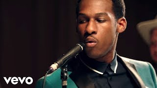 Leon Bridges Smooth Sailin 39 Live