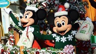 A Christmas Fantasy Parade at Disneyland - 2015 Debut w/Mickey & Minnie, Anna, Elsa, Olaf, Santa