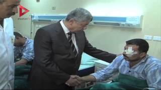 """وزير الداخلية يزور مصابي """"حادث العريش"""" بمستشفى كوبري القبة"""