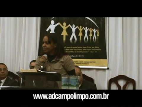 Miss. Isa Reis ministrando no 28º aniversário da AD Campo Limpo - 2009 (3/6)