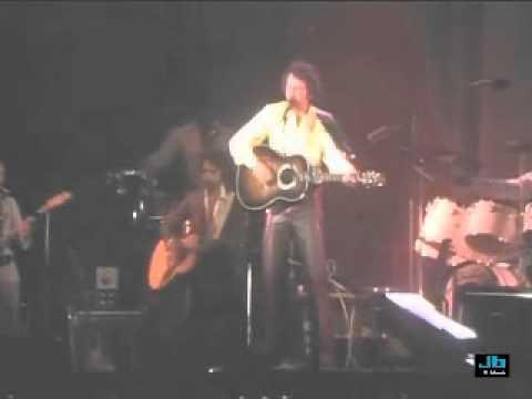 Amazon.com: Neil Diamond: Thank You Australia Concert ...