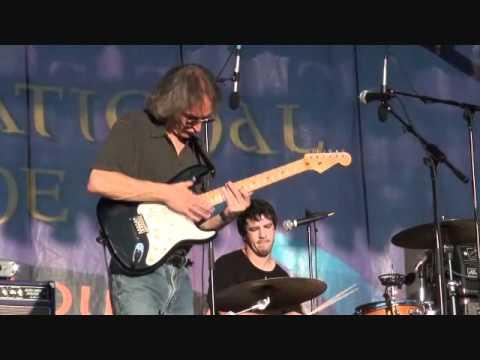 Sonny Landreth - Blue Tarp Blues - Festival International 2011, Lafayette, Louisiana