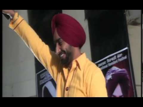 Live performance by Satinder Sartaaj