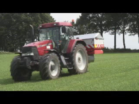 Kverneland Accord Fertiliser Spreader