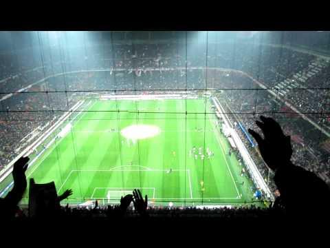 25/11/2012 Milan-Juventus CORO PER LEONARDO BONUCCI!