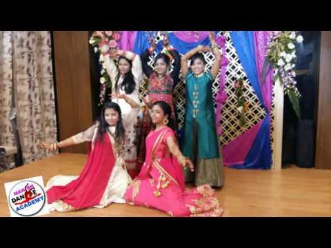 Barat dance in front of groom & bride