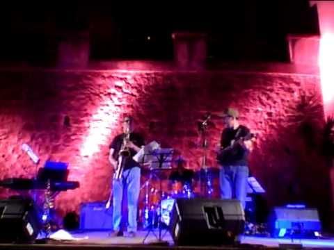 """VACANZA IN MUSICA 2011 """"THE DREAM TRIO"""" LIVE VALLO DELLA LUCANIA"""