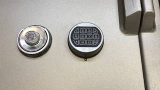 How to change the battery on a Lagard Basic safe lock keypad