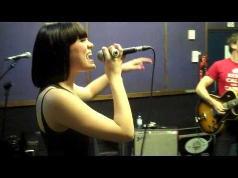 Jessie J 'whose Laughing Now' Rehearsal video