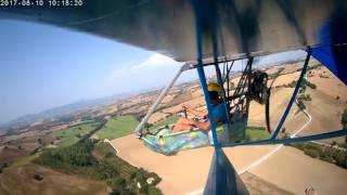 Super floater look alike motorglider in flight camera