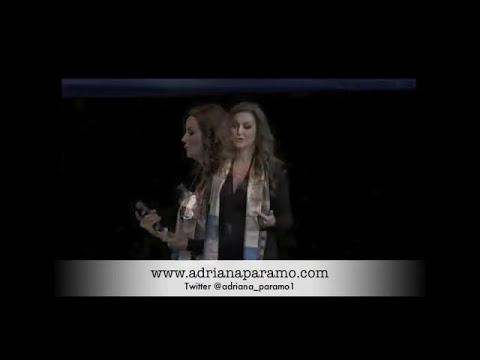 Adriana Paramo en el Auditorio Nacional Retos Femeninos