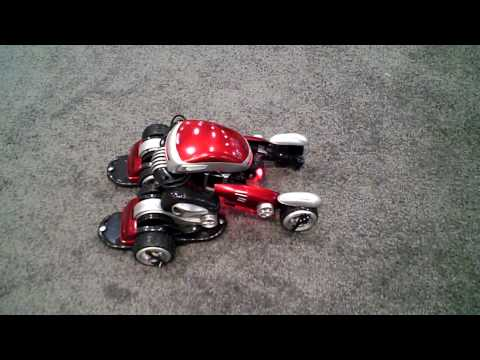 Toy Fair 2009: Hands-On With B2X s Transforming RCRC