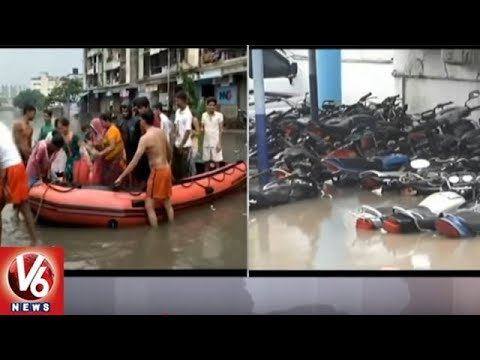 Police Station In Surat Waterlogged Following Heavy Rains In Gujarat | V6 News