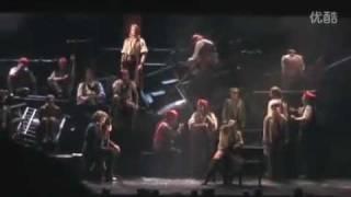 Watch Les Miserables The Final Battle video