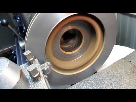 Проточка тормозных дисков / brake disk groove/ الحز من الأقراص