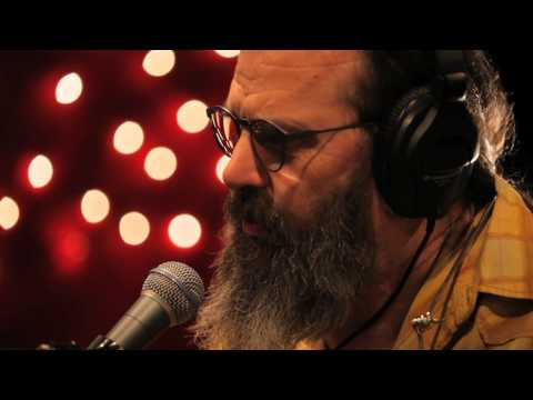Steve Earle - Waitin On The Sky To Fall