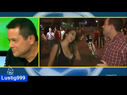 Crazy: Girl shows Iker Casillas her Glorious Boobs . (Real madrid)