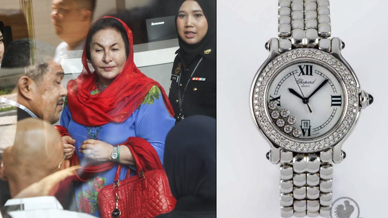 All eyes on Rosmah's outfit and accessories at MACC
