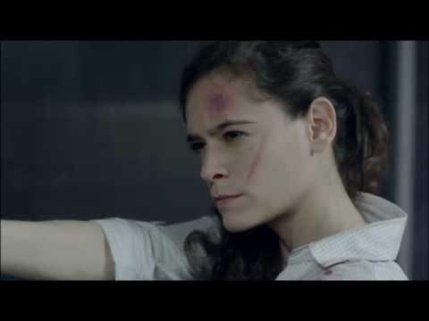 lili gorett ( serie LOGOUT) Agente Martinez