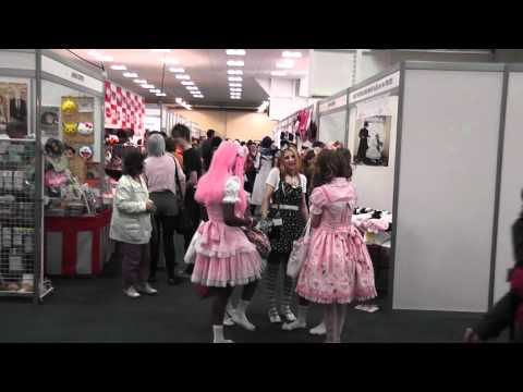 Hyper Japan 2011 (London) Lolita Fashion (HD)