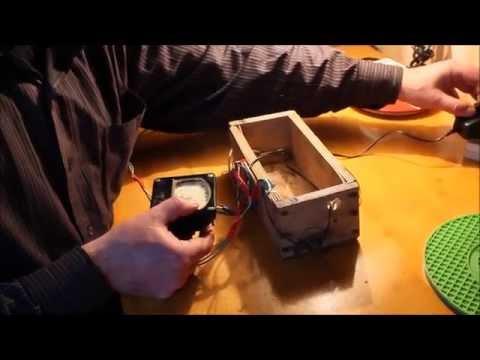 Самодельное зарядное устройство для аккумуляторных батарей и крон.