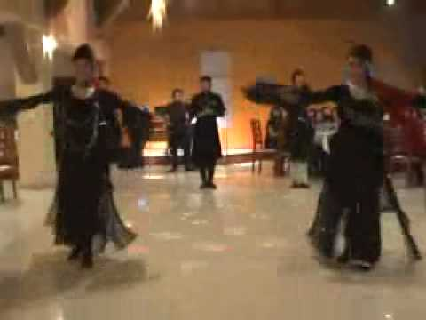 ქართული ცეკვა რესტორან თავადურში 1