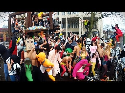 The KIT does the Harlem Shake! ���PART 2: https://www.youtube.com/watch?v=ye0QJogAzCI Song from Baauer: http://tiny.cc/HarlemShake Original idea: http://tiny...