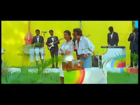 Rajinikanth Hits - Konji Konji Alaigaloda video