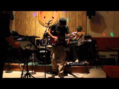 Hendrix cover - Voodoo child - Live at the Laughing Buddha Bar, Ubud Bali
