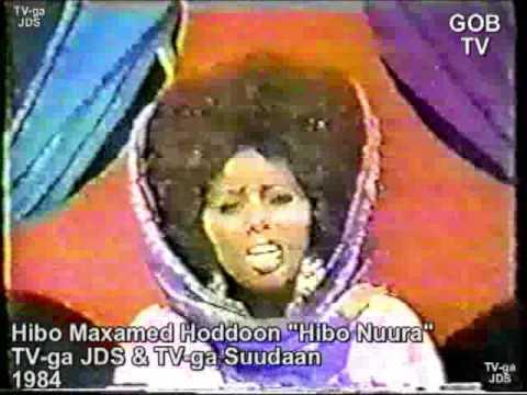 """Hibo Maxamed Hoddoon """"Hibo Nuura"""" - Xalay, Saqda Dhexe..."""