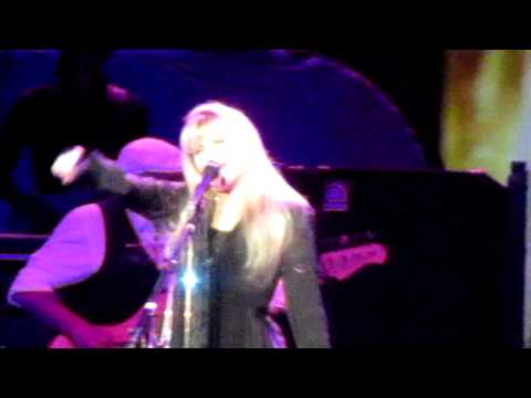 Fleetwood Mac 2013-05-12 Gypsy - Winnipeg - Live