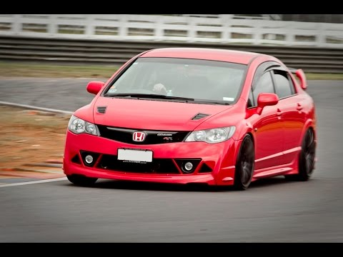 Honda Civic Type-R (FD2R) vs. Honda Civic Type-R (FN2R) vs. Honda Civic Mugen RR.avi
