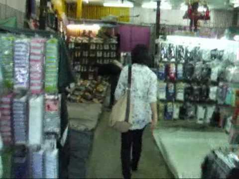 ตลาดวังหลัง – Wang Lang Market – Shopping in Bangkok