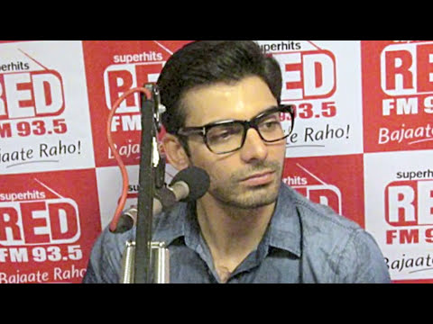 Sonam Kapoor and Fawad Khan promote Khoobsurat at a radio show