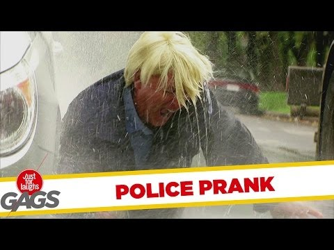 Dandy Cop Caught In Street Wash