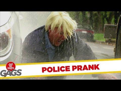 Dandy Cop Caught In Street Wash