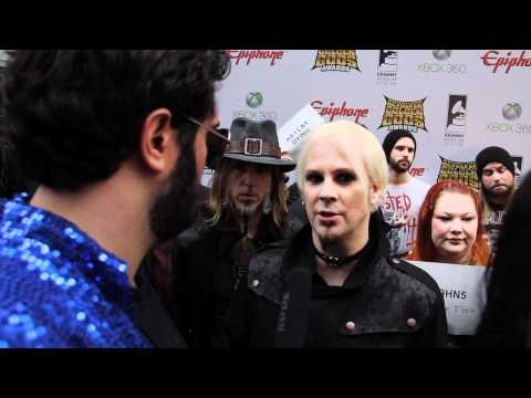 JOHN 5 Interview at Revolver Golden Gods 2012 on Metal Injection