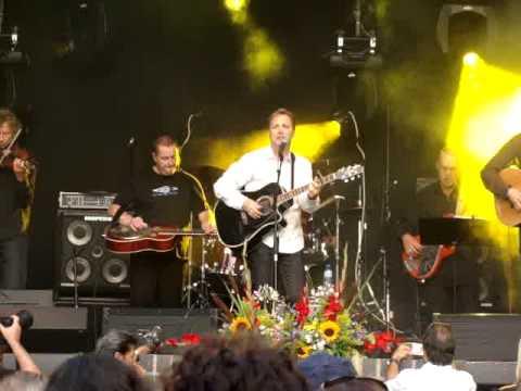 Life's Highway - Steve Wariner live