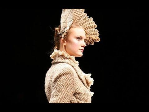Alexander McQueen | Fall Winter 2006/2007 Full Show | Exclusive