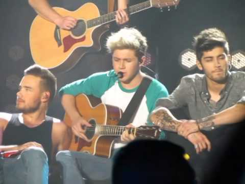 Little Things- One Direction Argentina 3 De Mayo 2014 video