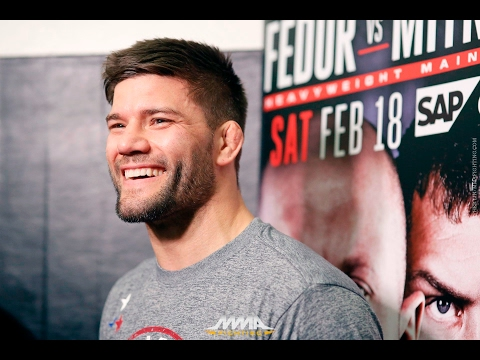 Josh Thomson Bellator 172 Open Workout Scrum