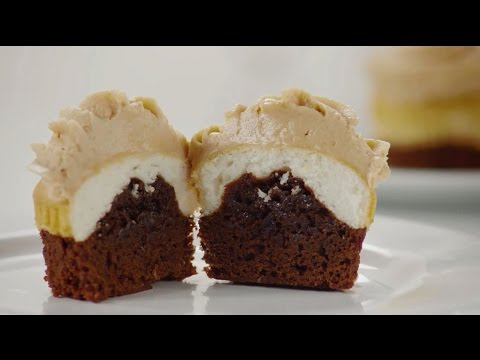 Cupcake Recipes   How To Make Peanut Butter Chocolate Cupcakes